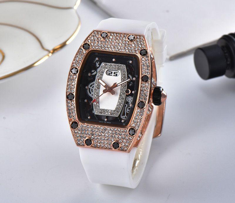2018 nouvelle mode watchleisure mis auger sport regarder hommes et femmes loisirs mode quartz watch2