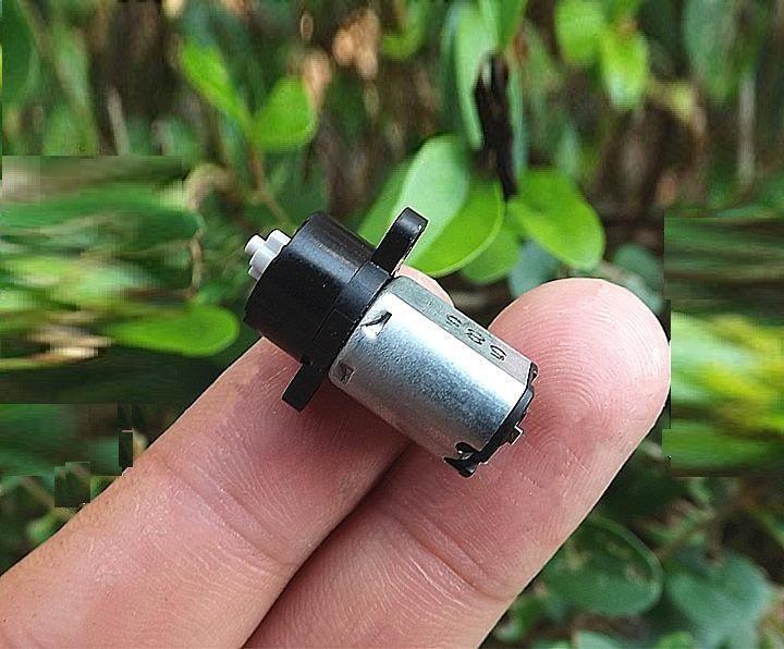 10PCS / 많은 직경 10mm DC3-5V 113-189RPM 미니어처 플라스틱 기어 유성 기어 모터 속눈썹 기계