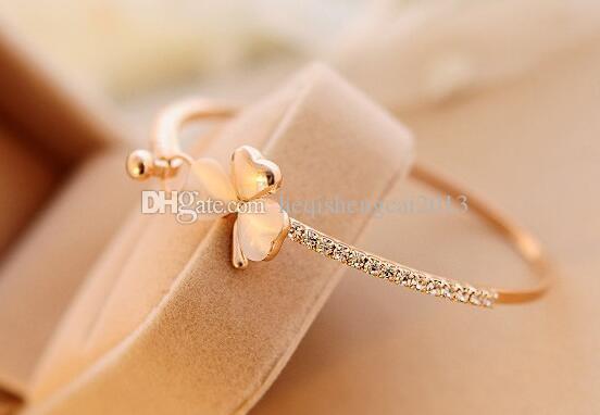 Livraison gratuite européenne et le nouveau style américain bowknot opale Enchased Bracelet mélilot classique et élégant