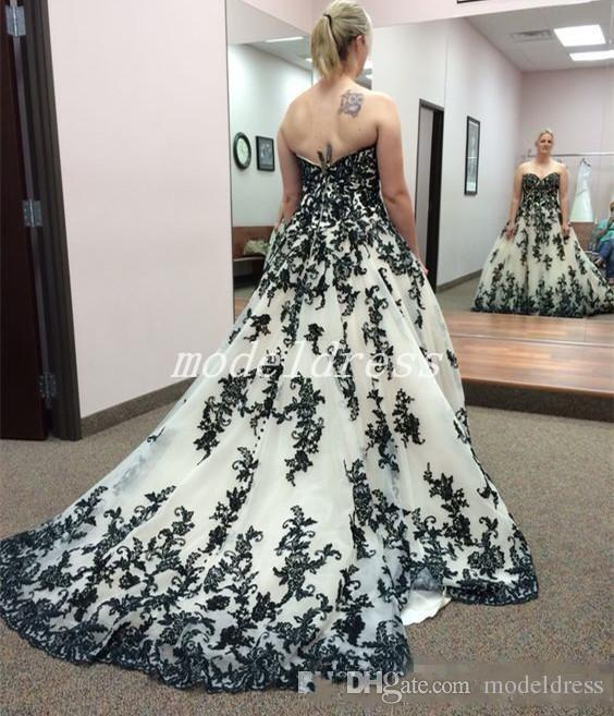 Gothic Black And White Wedding Dresses Sweet Heart Backless Sweep Train Appliques Lace Garden Country Bridal Gowns robe de mariée Plus Size