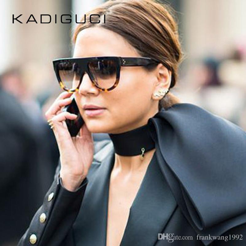 새로운 뜨거운 판매 선글라스 여자 플랫 탑 특대 쉴드 모양 안경 브랜드 디자인 빈티지 일요일 안경 UV400 여성 리벳 쉐이드 K0100