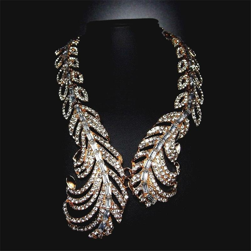 Women banquet Necklace Choker Fashion Jewelry Feather Pendant Chain Necklace Long Sweater Chain Statement Jewelry Necklace Women