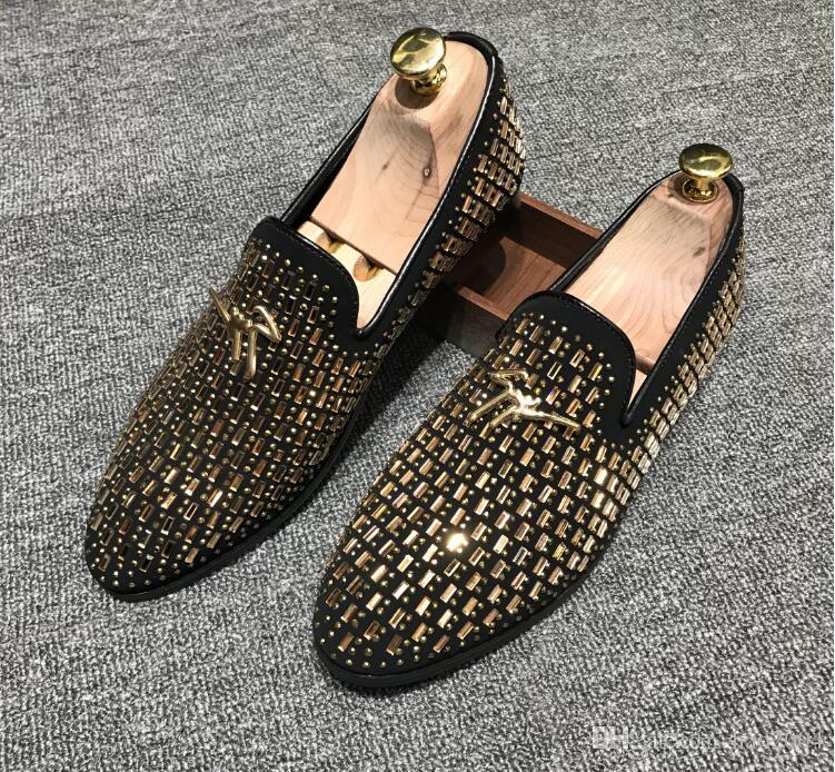 남자의 결혼식 신발 남자 벨벳, 물 다이아몬드 로퍼, 벨벳 슬리퍼, 영어 드레스 신발 남자 망 모카신 럭셔리 신발 G1.65