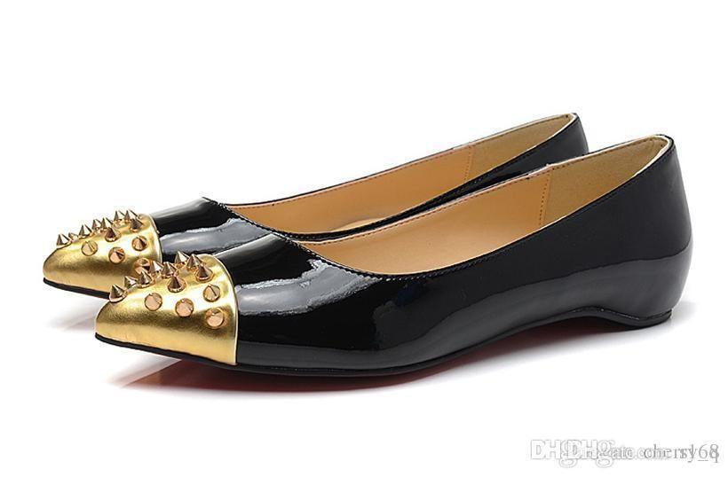 Noir en cuir verni doré clou de tête avec des pointes fond rouge chaussures femmes plates chaussures femmes chaussures basses chaussures pompes baskets pour femmes