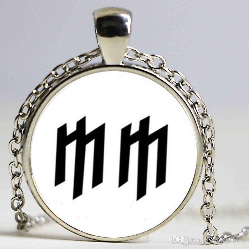 New Marilyn Manson Colar de vidro MM Logo Pingente colar de jóias Dome Vidro