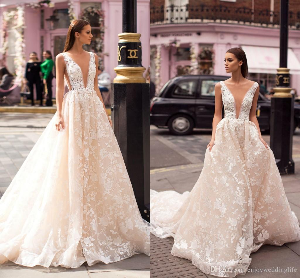 2019 Berta Sexy Plunging V Neck Backless Wedding Dresses Champagne Elegant Cutaway Sides Lace Appliqued Wedding Bridal Gowns