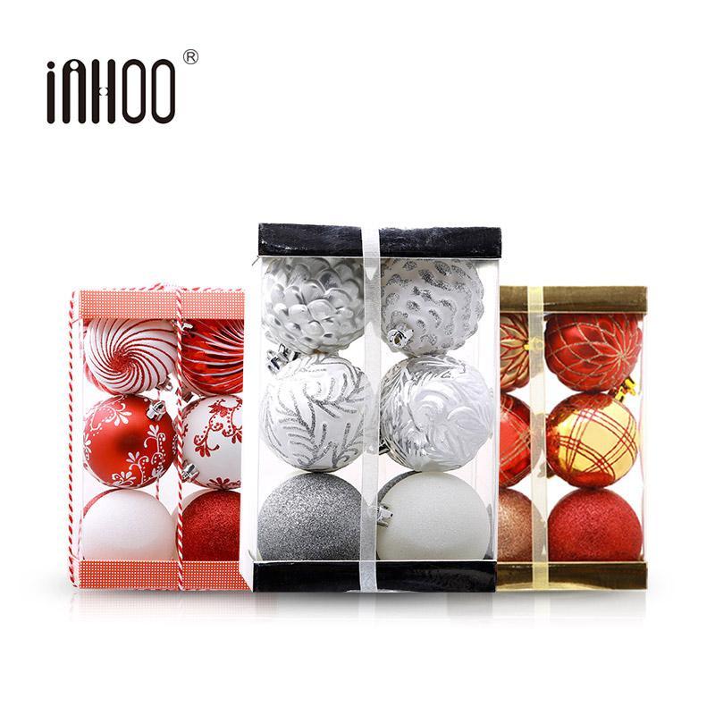 Venta al por mayor 2019 Año Nuevo Adornos para árboles de Navidad 7 cm Accesorios colgante de la bola Decoración de la bola blanca roja para las chucherías de Navidad Home Party regalos