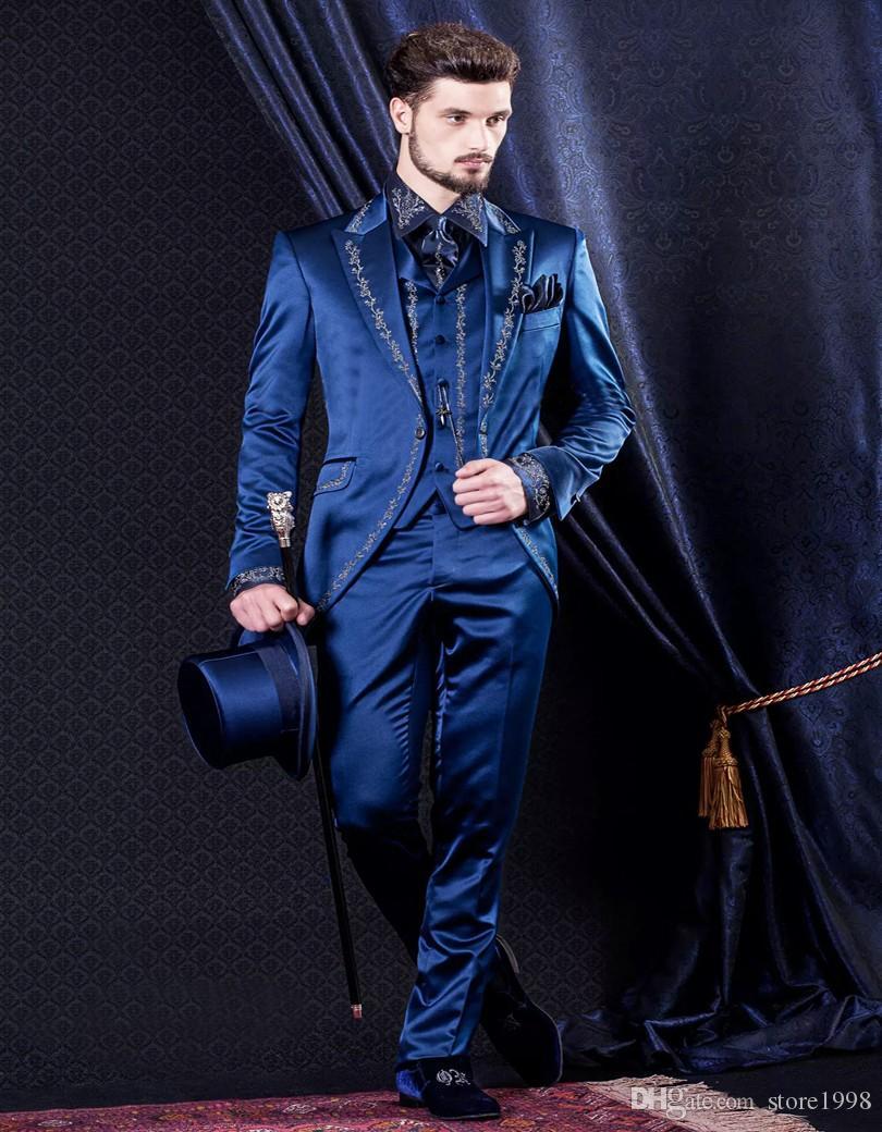 Personalizza Groomsmen Peak Smoking dello sposo con risvolto Uomo Royal Blue Abiti Ricamo Matrimonio / Prom. Best Man Blazer (Giacca + Pantaloni + Gilet + Cravatta) A6