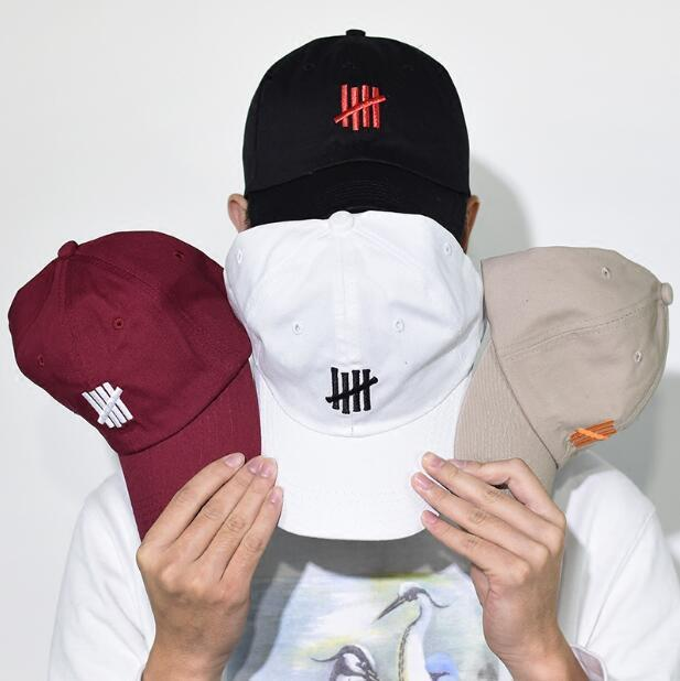 Berretto da baseball 4 colori UNDFTD cappelli di Snapback Moda HIP HOP Cappelli per UOMINI Cappelli da baseball donna HOT 6 pannelli osso gorras swag