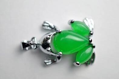 Полный зеленый нефрит Малайский Ms лягушка кулон форма кулон ювелирные изделия diy аксессуары Оптовая 120
