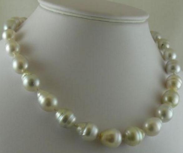 Mar 11-13mm Natural del blanco de la perla del collar 18 pulgadas de oro 14k Broche