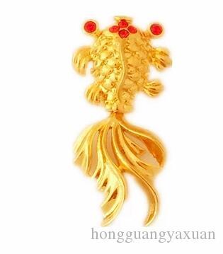 Piccola collana con ciondolo di pesce con gioielli in oro ogni anno più regali per uomini e donne