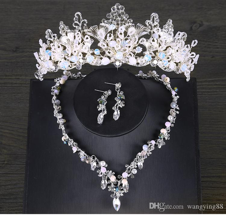 2018 Tiara Eardrop Queen Three Colors crystal Tiara Crown Pageant Hair Accessories Bridal Headpiece Discount For Wedding Dresses Cheap