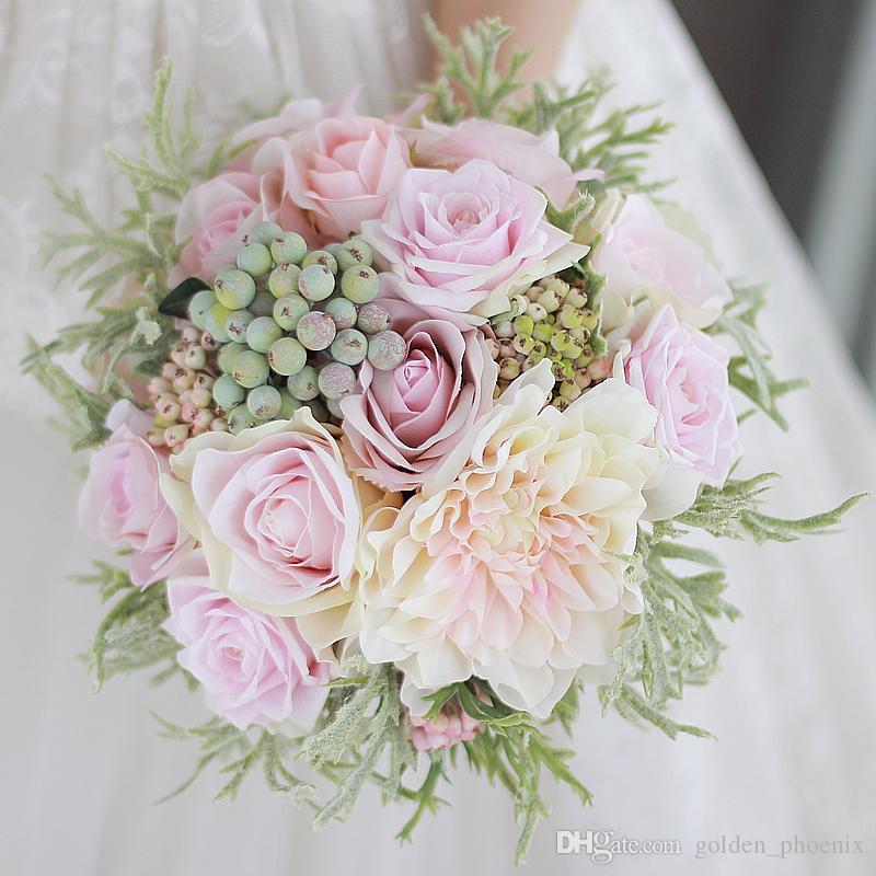 Nova noiva personalizado segurando buquê de flores Dahlia pólen rosa roxo decoração de frutas verdes