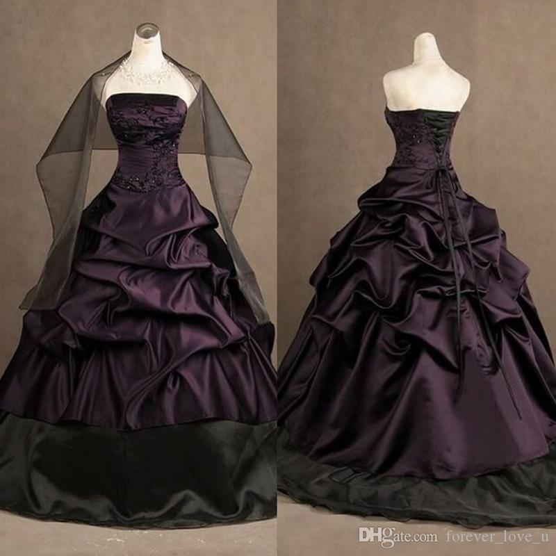 Gotische viktorianische Brautkleider dunkel lila und schwarz trägerloser Kleid drapierte Stickerei Spitze Appliques Korsett zurück Brautkleider mit Wrap