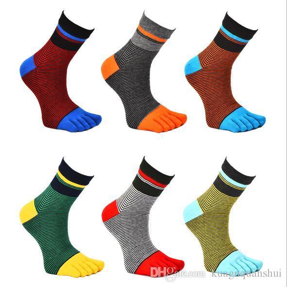 Venta al por mayor- Cuatro temporadas calcetines de algodón a rayas calcetines de punta dividida calcetines deportivos de cinco dedos transpirables envío gratis