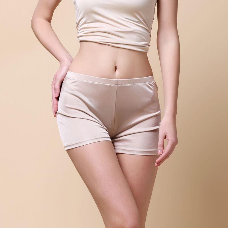 Woman spring Mid-rise Solid kniing 100% silk Panties female summer thin Breathable stretch 100% silk boyshort lady Underwear
