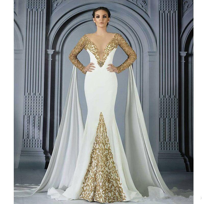 Robes de sirène perlées en or avec des tenues de soirée en col en V profond paillettées de robe de bal Robes De Fiesta balayage train manches longues