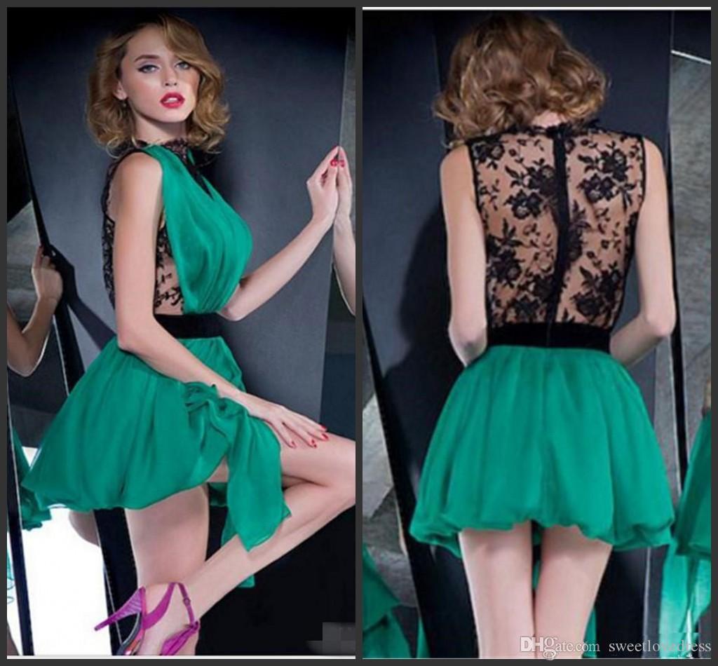 2018 Vestido De Fiesta Green Chiffon Black Lace See Through Homecoming Dress Sin mangas Cuello alto Corto Vestido de fiesta de graduación por encargo