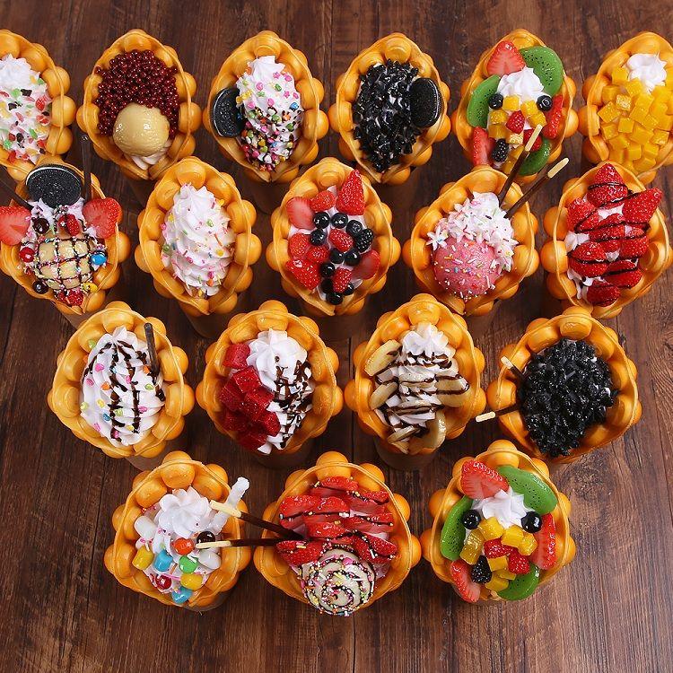 Livraison gratuite Ice Cream Hongkong Egg Waffle Modèle Egg feuilletée de simulation Bubble Gaufres Sample Dessert Fenêtre d'affichage du modèle alimentaire Faux