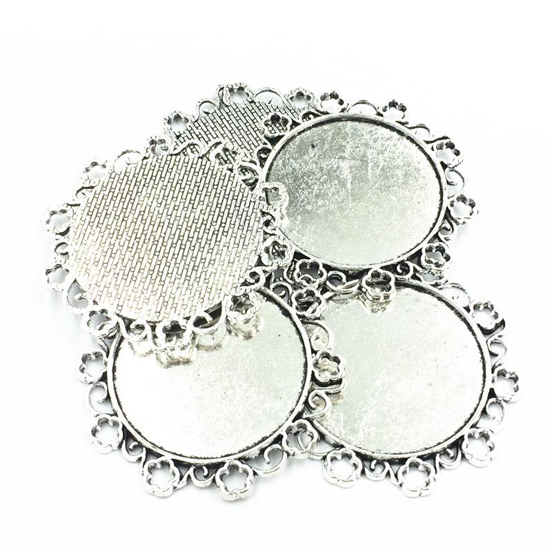 5Pcs Necklace Pendant Silver Tone Flower Lace Metal Seing Jewelry Cabochon Cameo Base Tray Bezel Blank Fit 34mm Cabochons 49mm