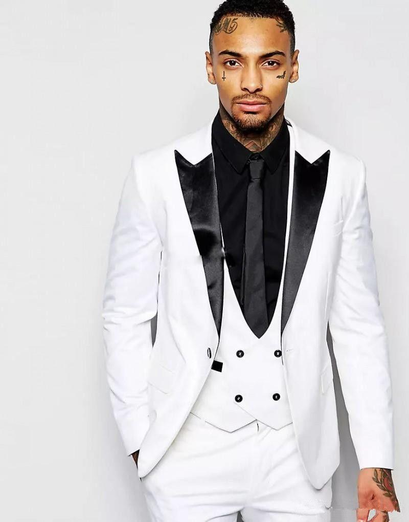 화이트 남성 정장 턱시도 결혼식 정장 남자를위한 최신 디자인 신랑 턱시도 신랑 들러리 목도리 칼라 망 결혼식 정장 신랑 세 조각
