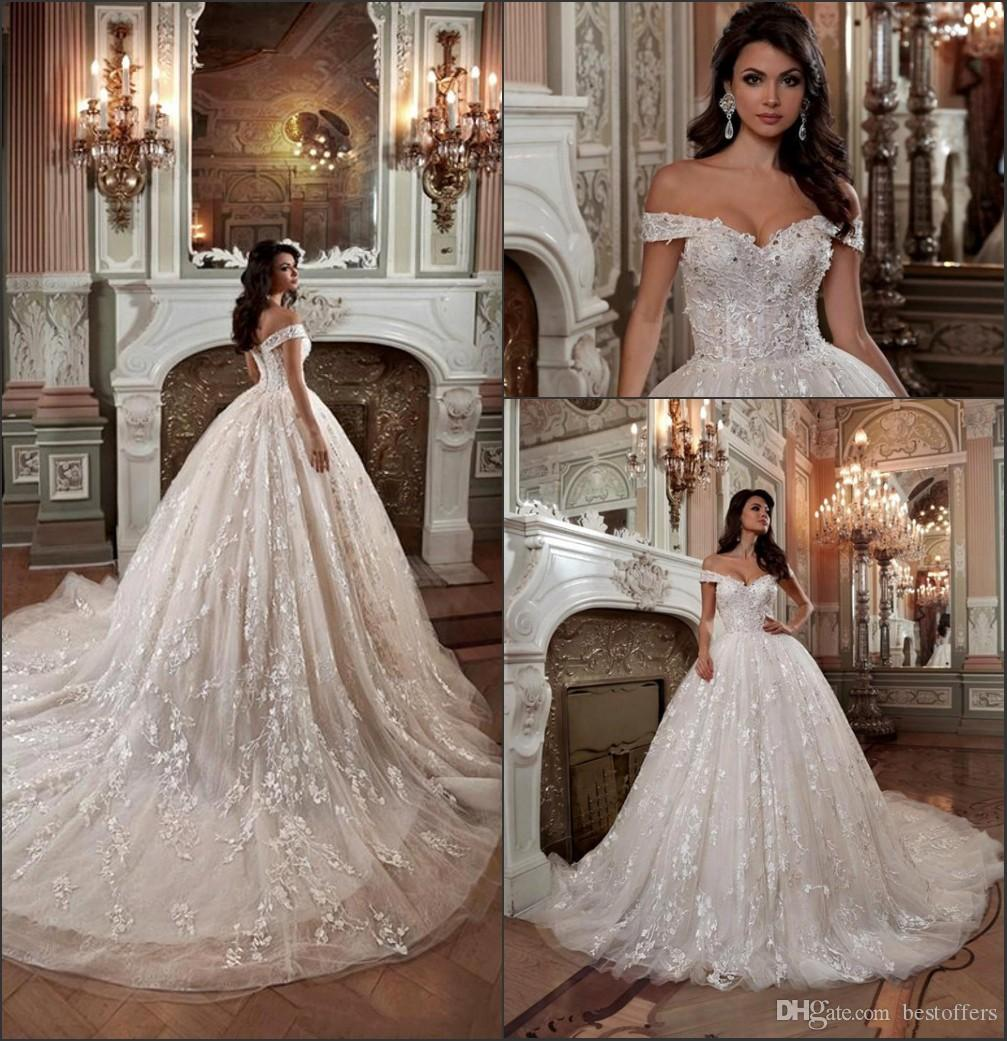 Off the Shoulder Arabic Dubai Ball Gowns Wedding Dresses 2018 Vintage Lace Court Train Button Back Bridal Gown French Vestido De Novia BA939