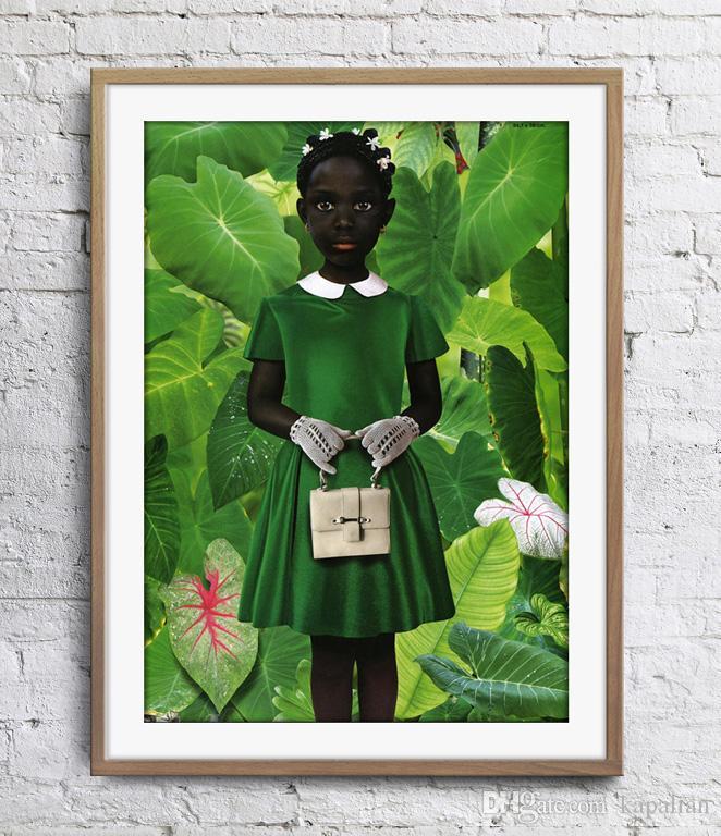 Ruud van Empel stehend im grünen grünen Kleid Kunst Poster Wand Dekor Bilder Kunstdruck Home Decor Poster Unframe 16 24 36 47 Zoll