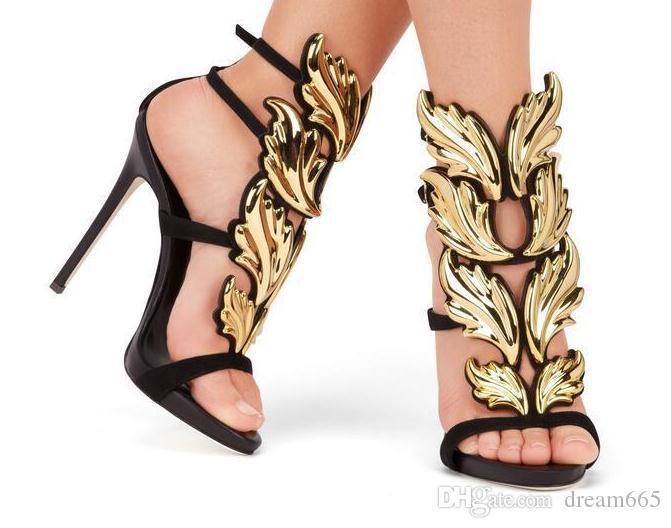 Diseñador de 2018 hoja de metal para mujer Wing High Heel Sandals Gold Nude Black Party Eventos Zapatos Gladiador Metálico Winged Sandals