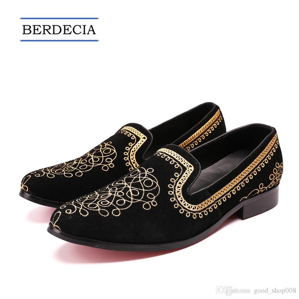 2018 diseñador de lujo Vintage bordado de los hombres zapatos de terciopelo de la boda de la boda mocasines de los hombres de oro zapatos de vestir mocasines hombres zapatos de los planos 38-47