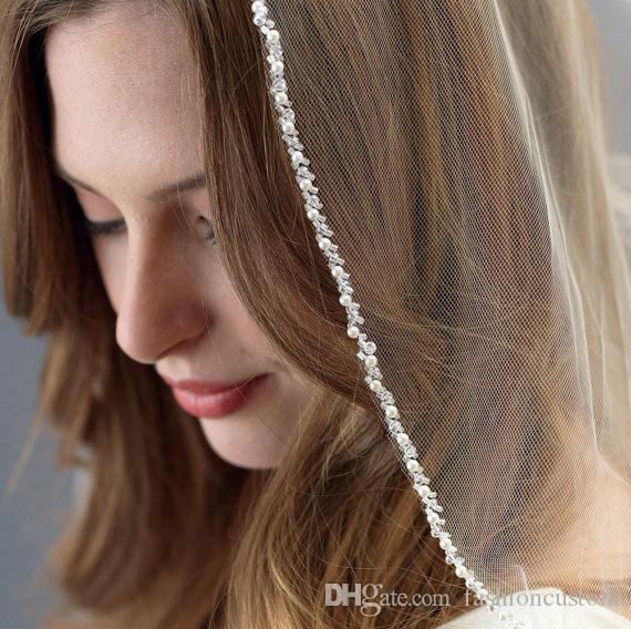 Новое прибытие белый цвет шампанского цвета слоновой кости пользовательские свадебные вуаль кончик пальца длина бисером край жемчуг тюль с расческой sg12