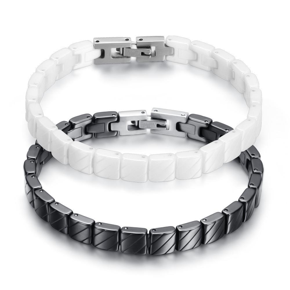 Men/'s black and white bracelet