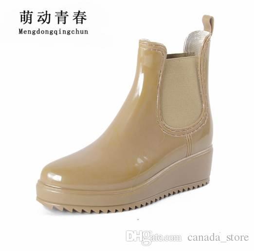 Платформа дождь сапоги Женские резиновые кожаные ботильоны низкие каблуки женщины сапоги скольжения на квартиры обувь женщина плюс размер 36-41 XWX3577