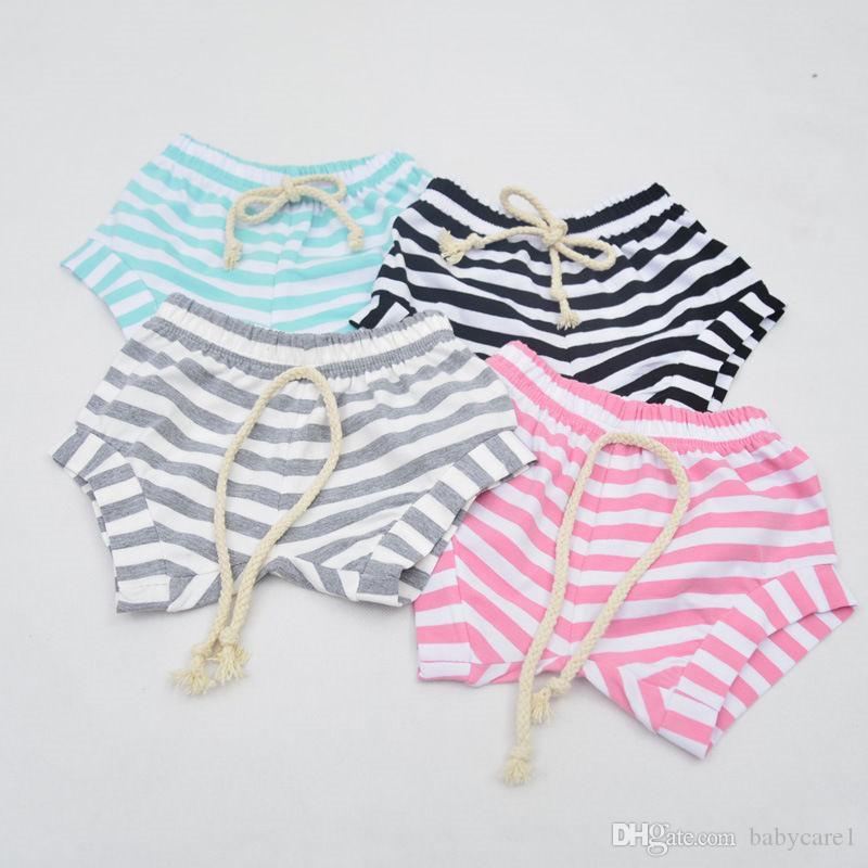 Neuestes Baby Kind-reizende gestreifte Baumwollshorts neugeborene Kind-Baby-Sommer-Bottoms Bloomers Hot Pants Lässige Shorts