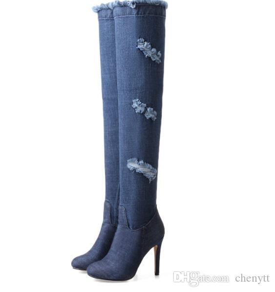 2018 الخريف والشتاء الجديدة وأشار على الركبة الأحذية الدنيم الأزياء والأحذية كبيرة الحجم 414243 ياردة التجارة الخارجية المرأة الأحذية بالجملة