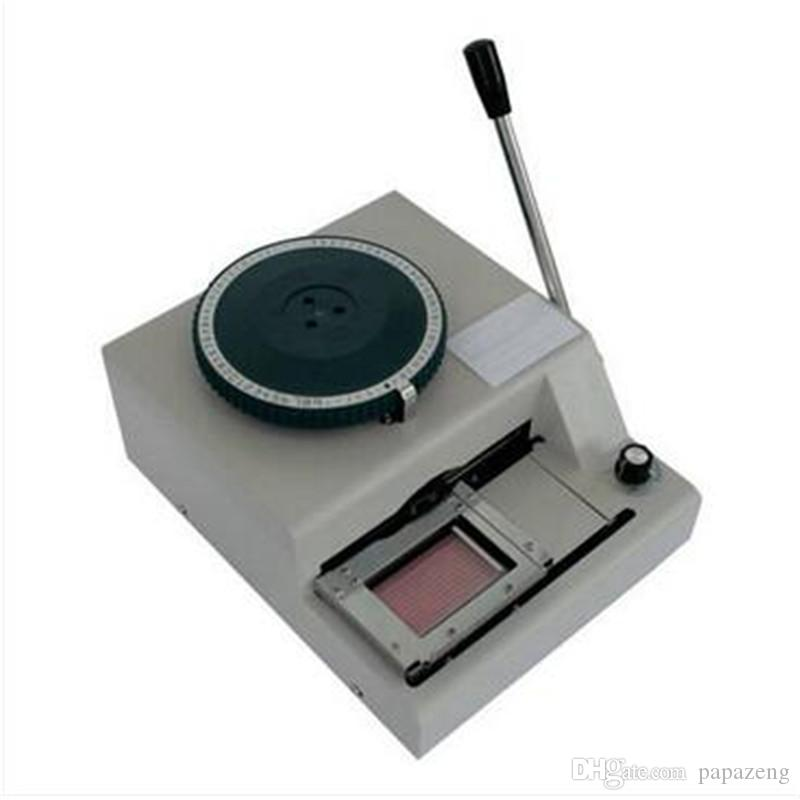Machine de gravure de cartes en métal hautement sophistiquée Codeur blanc Carte de membre de la machine braille VIP Carte PVC Petite machine de codage neuve