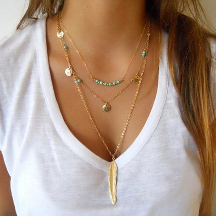 Exquisite Pailletten mehrschichtige Kette Türkis Perlen Halskette mit Federanhänger