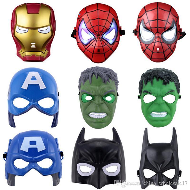 diversificato nella confezione design senza tempo vestibilità classica Acquista The Avengers Mask Maschera Di Batman Maschere Di Supereroi Bambini  Illuminati Spiderman Iron Man Maschera Di Hulk Cartoon Party La Festa Dei  ...