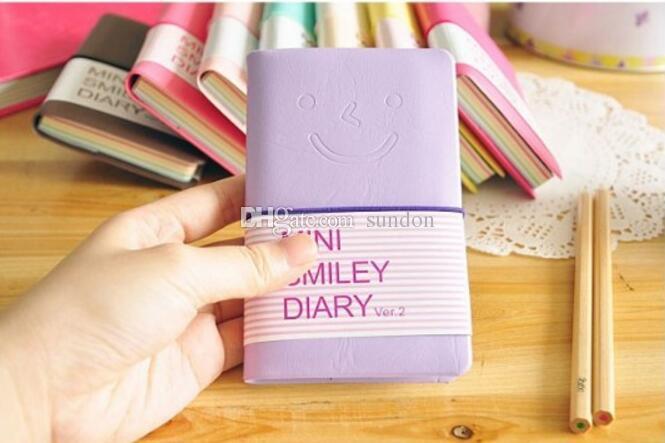 Bonito Colorido Mini Sorriso Caderno De Couro 8 *. 10 CM 180 Folhas estudante bolso notepads Diário de Moda para o livro de escritório de Negócios