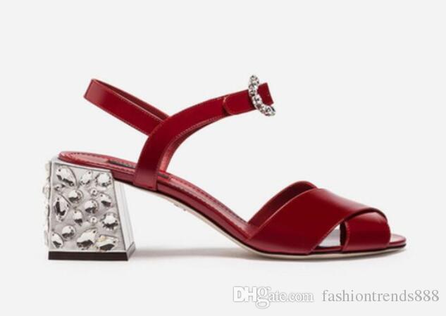 2018 sandálias das mulheres do vintage fivela de diamantes sandálias peep toe de cristal de salto alto gladiador sandálias de salto baixo robusto strass bombas