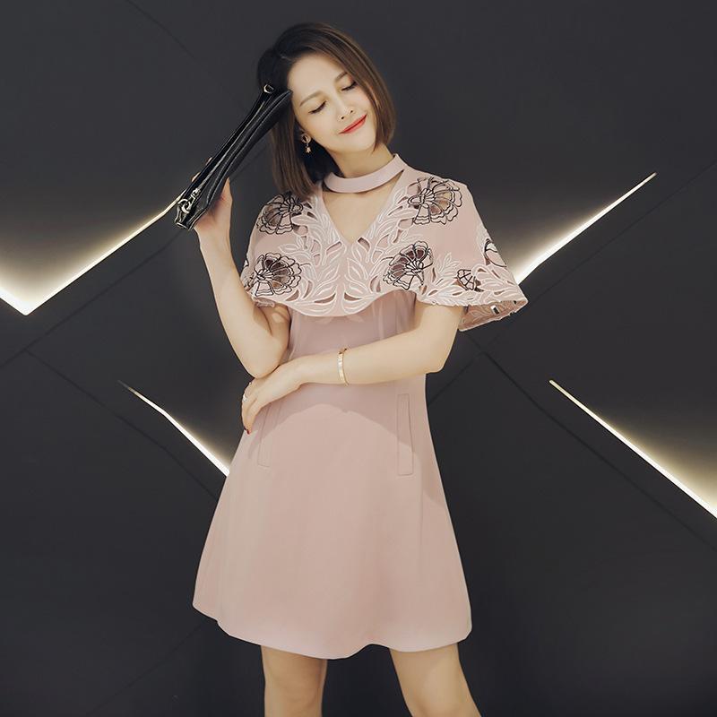 Europa moda 2017 abiti pista di alta qualità delle donne nuovo ricamo con scollo a V fiore scava fuori il mantello vestito rosa