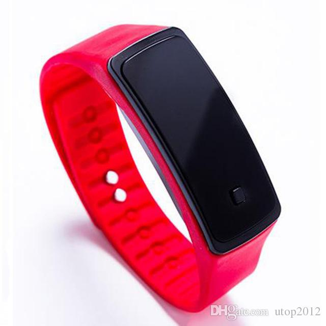 DHL-Mädchen-Jungen scherzt bunte Sport-LED Uhr-Süßigkeits-Gelee-Mann-Frauen-Silikon-GummiTouch Screen Digital-Uhr-Armband-Band-Armbanduhr