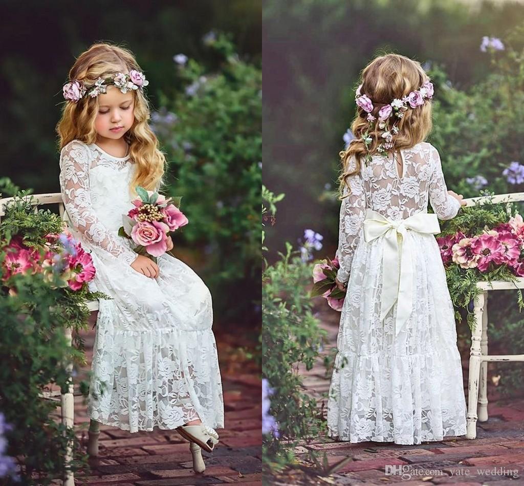 Abiti da ragazze di fiori in pizzo avorio per matrimoni maniche lunghe lunghezza del pavimento Boho Bambini Abiti da festa di compleanno di nozze con fascia a nastro