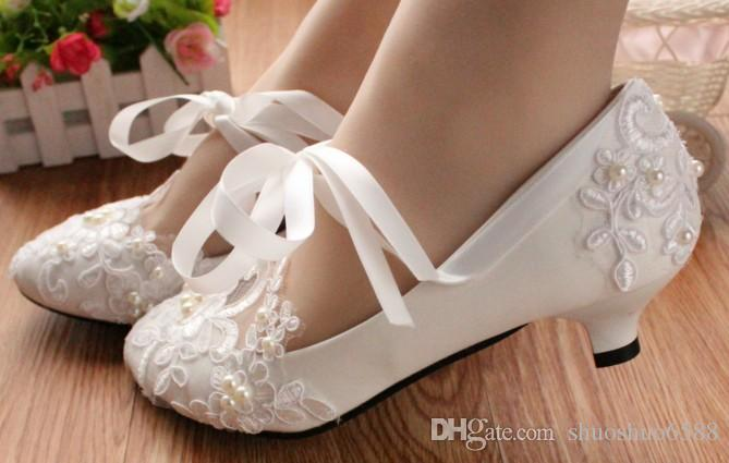 Frete grátis Chegam novas bowknot lace-up sapatos de princesa sapatos de renda à noite sapatos de noiva de casamento shuoshuo6588