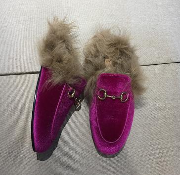 Kadınlar Casual Kürk Terlik Mules Flats Süet katır Ayakkabı Moda Gerçek Deri loafer'lar Ayakkabı Metal Zinciri Bayanlar q5