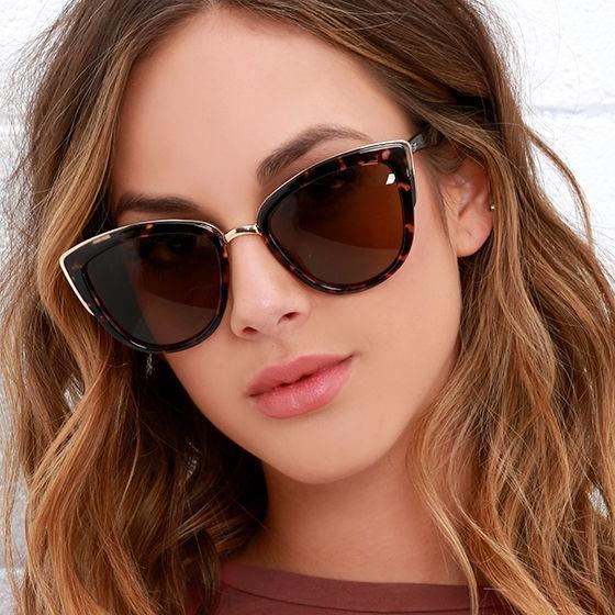 código promocional 5ca72 26a04 Compre Negro Azul Ojo De Gato Gafas De Sol 2018 Mujeres Espejo Gafas De Sol  Para Mujer Diseñador De Moda Muelle Gafas De Sol Gafas De Sol Feminino A ...