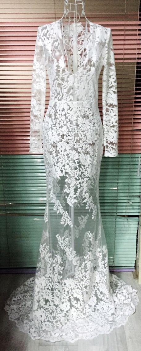lace wed dress