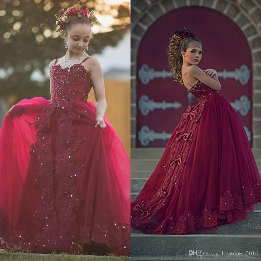 2019 Baby Girl Pageant Kleider mit Schleifen Spaghetti Sweetheart Lace Applique Perlen Tüll Lange Blumenmädchenkleider für Hochzeiten