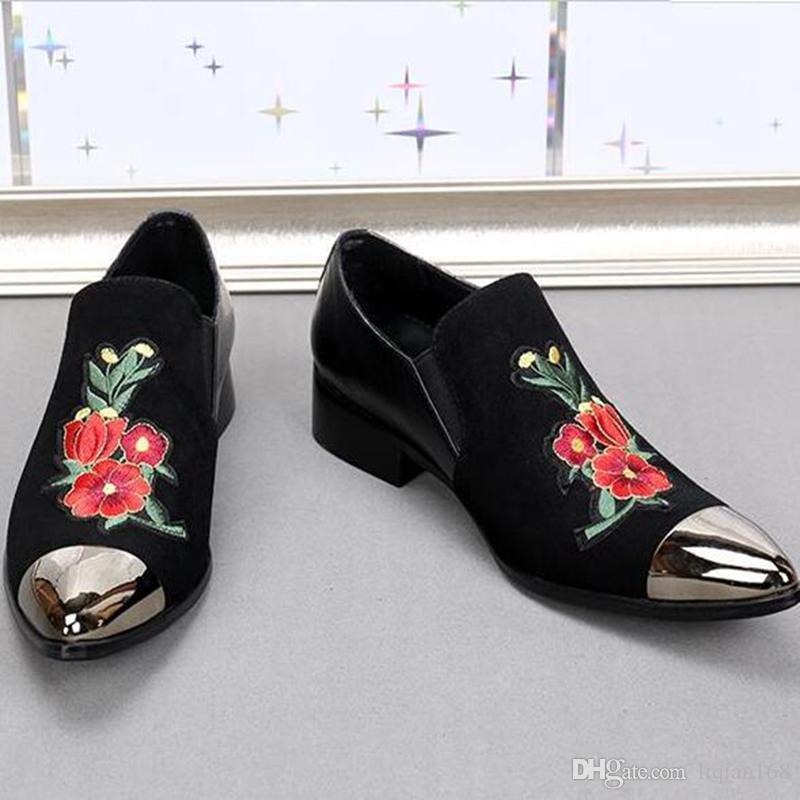 زهرة مطرزة الذهب تو اللباس أحذية الرجال الصين تصميم جلد طبيعي المخملية رجالي النعال المتسكعون الزفاف