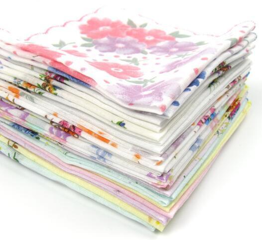 Regalo NUEVO LOTE VARIOS VARIOS HANKIES Vintage Floral 12pcs Estilo de la pañuelo de las mujeres% algodón 100 Ladies Weddding Nrbcx